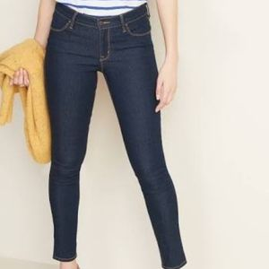 Old Navy Super Skinny Mid Rise Dark Wash Jeans